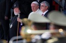 """Papa yine """"soykırım"""" dedi"""