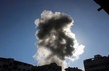 Esad sivilleri napalm bombalarıyla vurdu