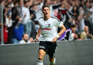 Mario Gomez geri dönüyor!