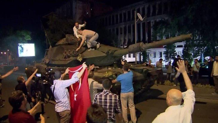 Erdoğan'ın Külliye'de 3 yılı nasıl geçti?