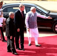 Erdoğan, Hindistan'da resmi törenle karşılandı