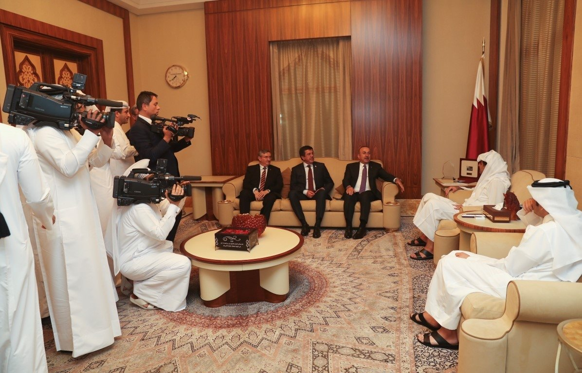 Mevlüt Çavuşoğlu ve Nihat Zeybekci Katar'da