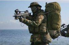 2 Türk komandosu Yunanistan'a geçti