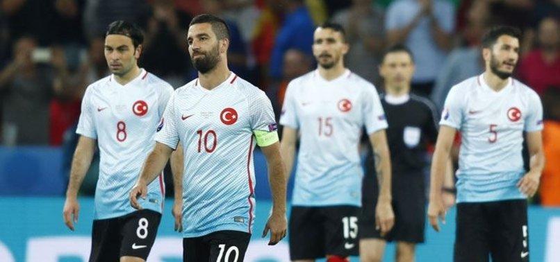 FATİH TERİM MİLLİ TAKIM'A LİDER ARIYOR!