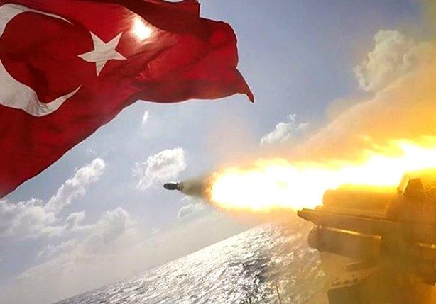 Türk Silahlı Kuvvetleri'nden nefes kesen kareler