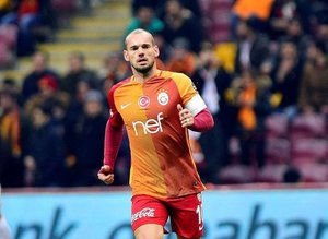 Wesley Sneijder yolcu!