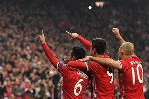 Bayern canı sıkıldıkça gol attı!