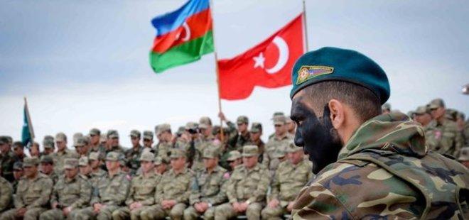 AZERBAYCAN'DAN GÖVDE GÖSTERİSİ