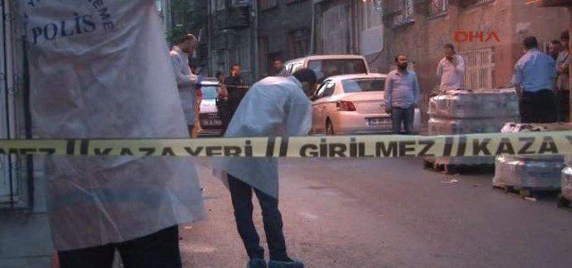 FATİH'TE POLİSE SİLAHLI SALDIRI
