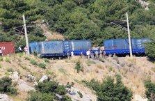 Demir yolunda bombalı tuzak son anda fark edildi