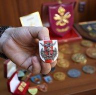 Eski Genelkurmay Başkanı Semih Sancar'ın madalyaları bit pazarından çıktı