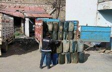 Hakkari'de kaçak sigara, akaryakıt ve çok sayıda silah ele geçirildi