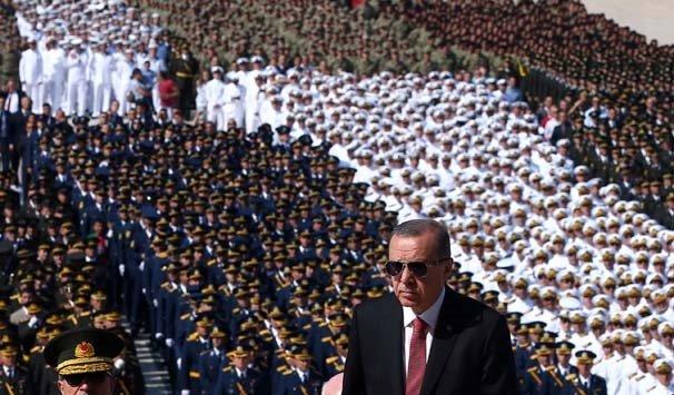 Erdoğan ile Bahçeli'nin samimi sohbeti dikkat çekti