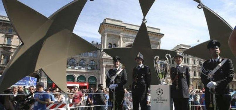 NAPOLİ'DEN BEŞİKTAŞ'A UYARI: KARIŞMAYIZ!
