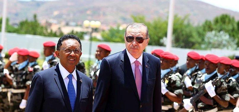 ERDOĞAN, MADAGASKAR'DA BÖYLE KARŞILANDI