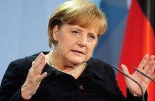 Merkel'den AB'nin geleceğine dair açıklama