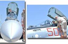 Esad Rus uçağına bindi ABD'ye gözdağı verdi