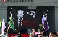 İsviçre'den Erdoğan'ı hedef gösteren pankarta soruşturma