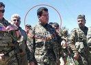 ABD'Lİ KOMUTAN KIRMIZI LİSTEDE ARANAN PKK'LI TERÖRİSTLE EL ELE