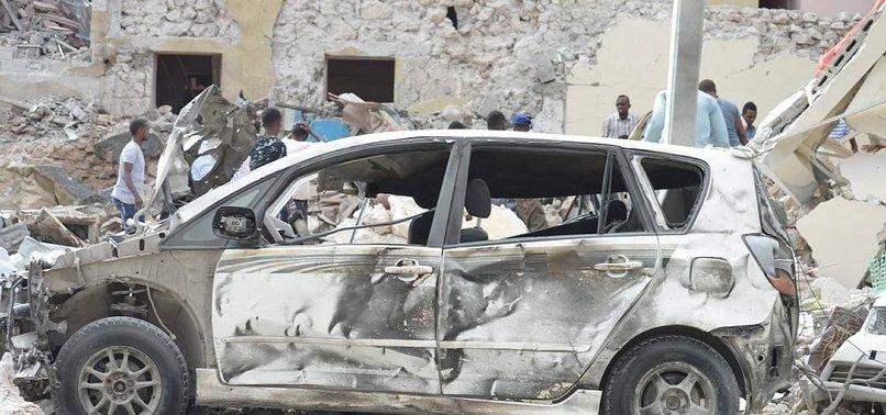 MOGADİŞU'DA BOMBALI SALDIRI: 12 ÖLÜ