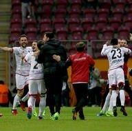Galatasaray - Gençlerbirliği karşılaşmasından kareler