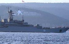 Rus savaş gemileri Ege Denizi'ne ilerliyor