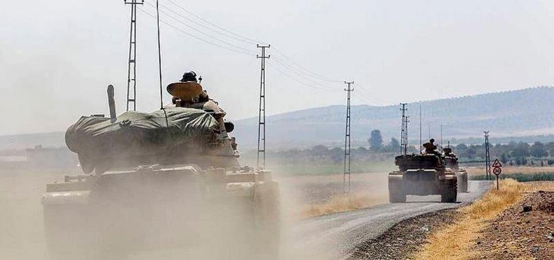 FIRAT'IN BATISINDA 300 YPG'Lİ TERÖRİST