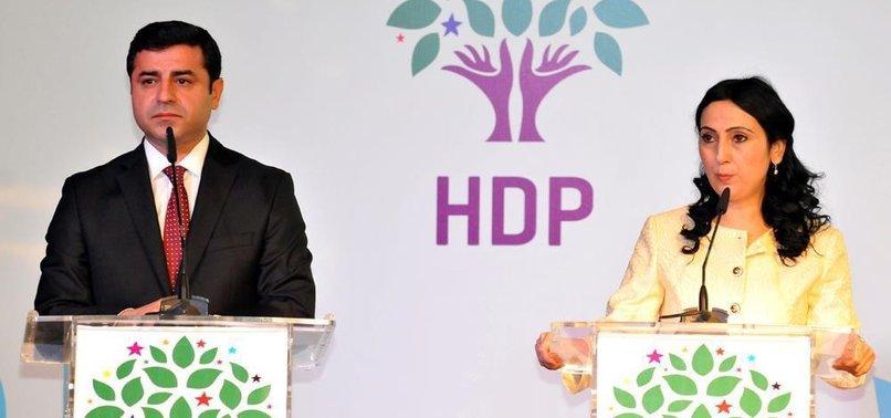 HDP BUNU HEP YAPIYOR