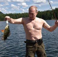 Putin bu defa zıpkın ile avlandı