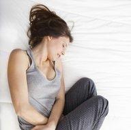 Karın ağrısı önemli hastalıkların belirtisi olabilir