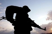 Silopi'de askeri araca bombalı saldırı