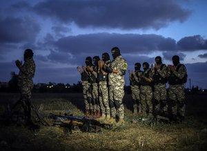 Gazze'de sınır koruyucularının nöbeti