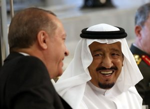 Cumhurbaşkanı Erdoğan'ın Körfez turu başladı