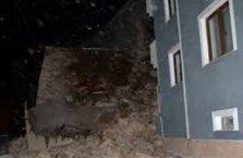 Şişli'de istinat duvarı çöktü! Bina boşaltıldı