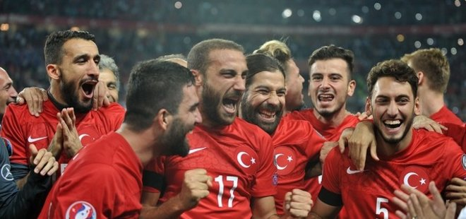 A MİLLİ TAKIM'IN İLK 11'İ BELLİ OLDU!