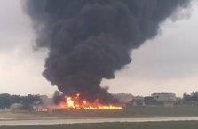Malta'da AB yetkililerini taşıyan küçük uçak düştü : 5 ölü