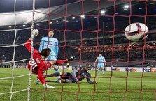 Fenerbahçe, Feyenoord'u devirdi